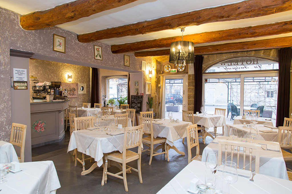 Restaurant La Farigoule Sainte Cecile Les Vignes