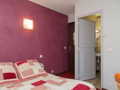la-farigoule-hotel-restaurant-chambre-simple-single-sainte-cecile-07